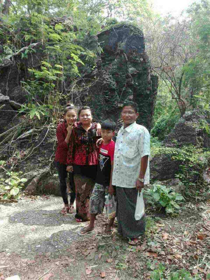 Pastor Tha Ceu and family